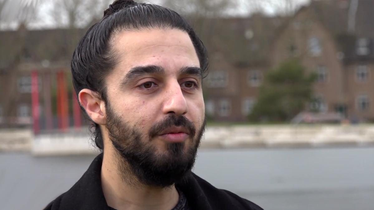 Syrer Tareq Alaows möchte in den Deutschen Bundestag; Bild: Screenshot Youtube