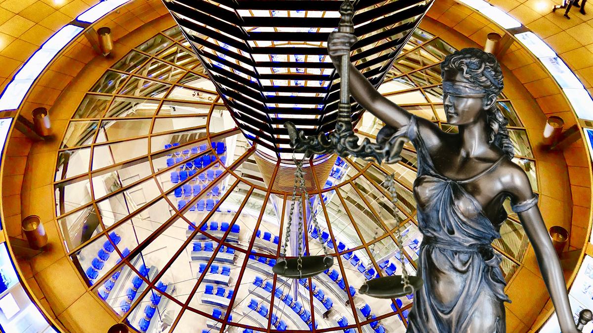 Symbolbild: Gesetz im Deutschen Bundestag verabschiedet; Bild: R24 Collage